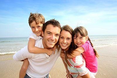 familia de vacaciones en hoteles para noños